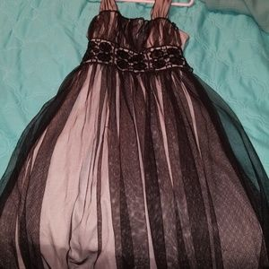 GIRLS FORMAL BLACK DRESS SIZE 8